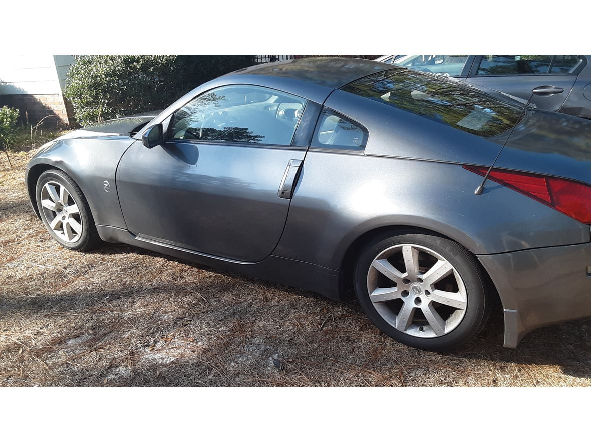 2003 Nissan 350Z for sale by owner in Fayetteville