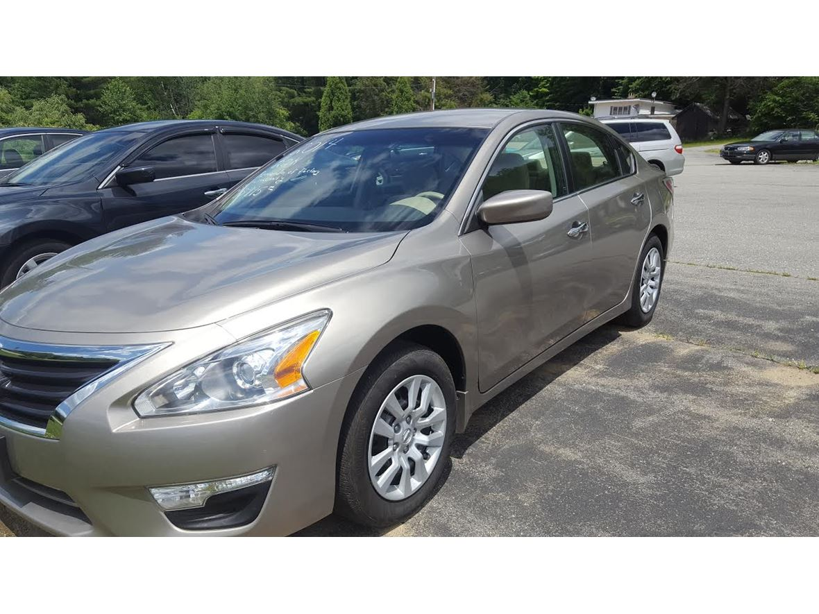 2014 Nissan Altima for sale by owner in Westmoreland