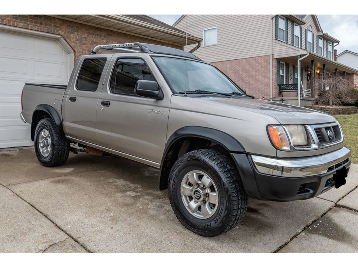 2000 Nissan Frontier for sale by owner in Nashville