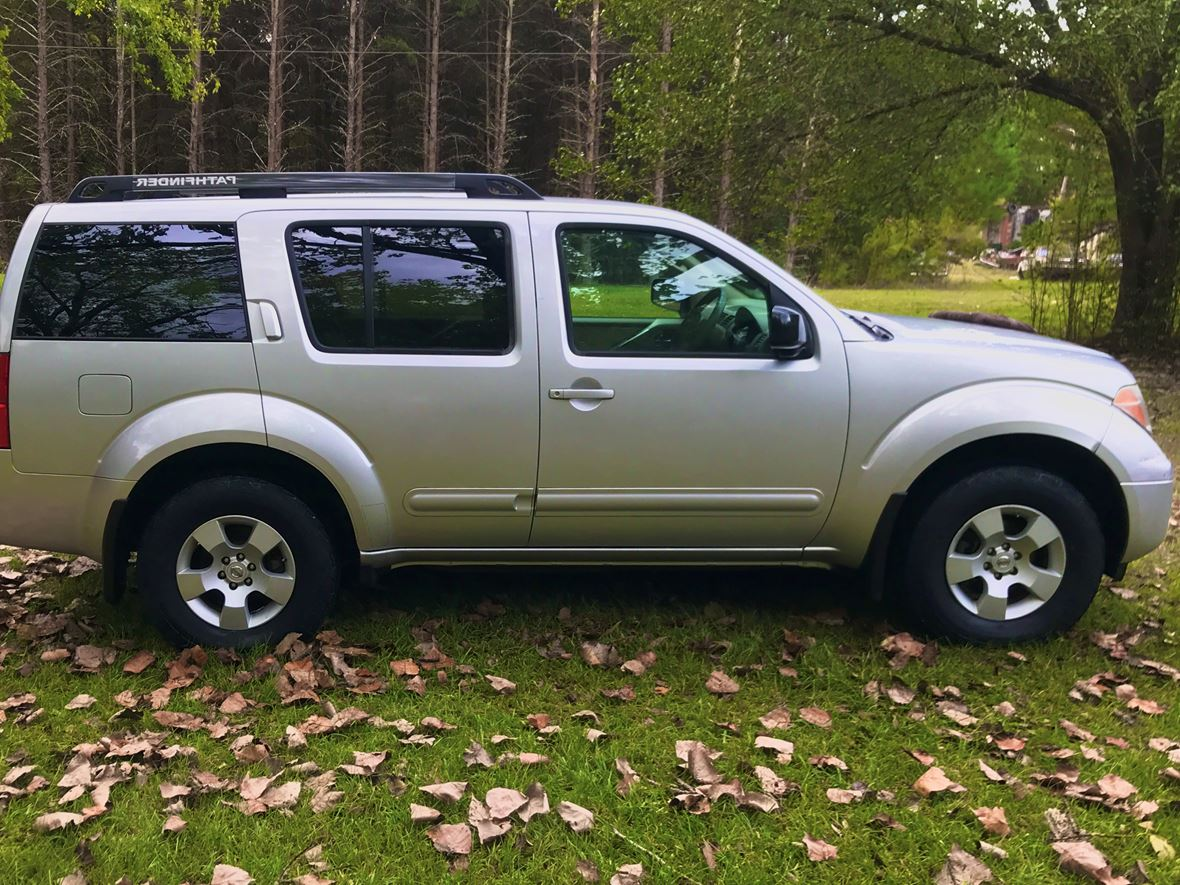2006 Nissan Pathfinder for sale by owner in Fort Mill