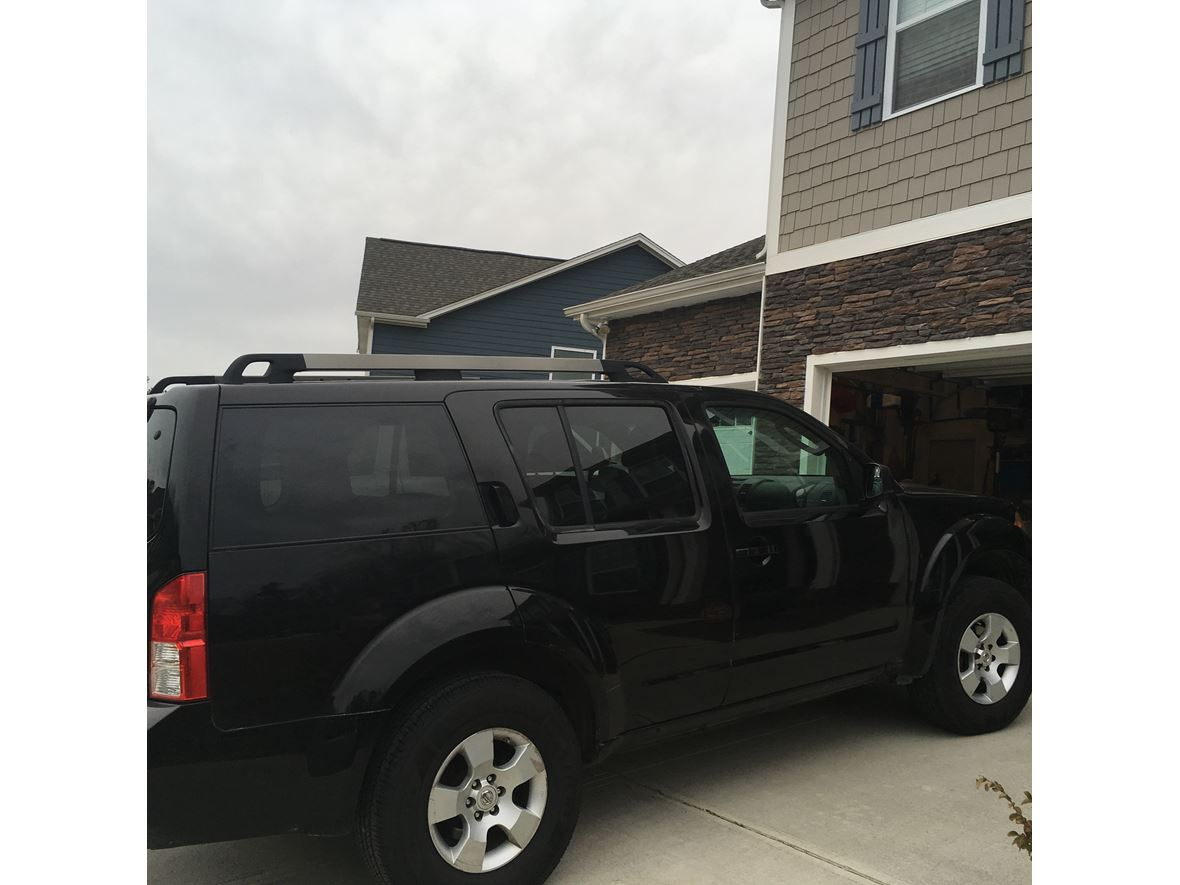 2008 Nissan Pathfinder for sale by owner in Elon