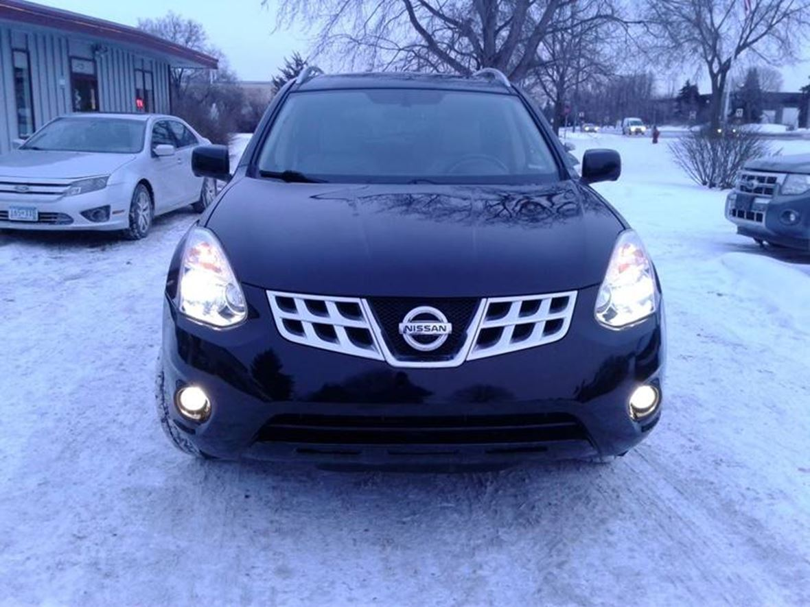 2012 Nissan Rogue for sale by owner in Minneapolis