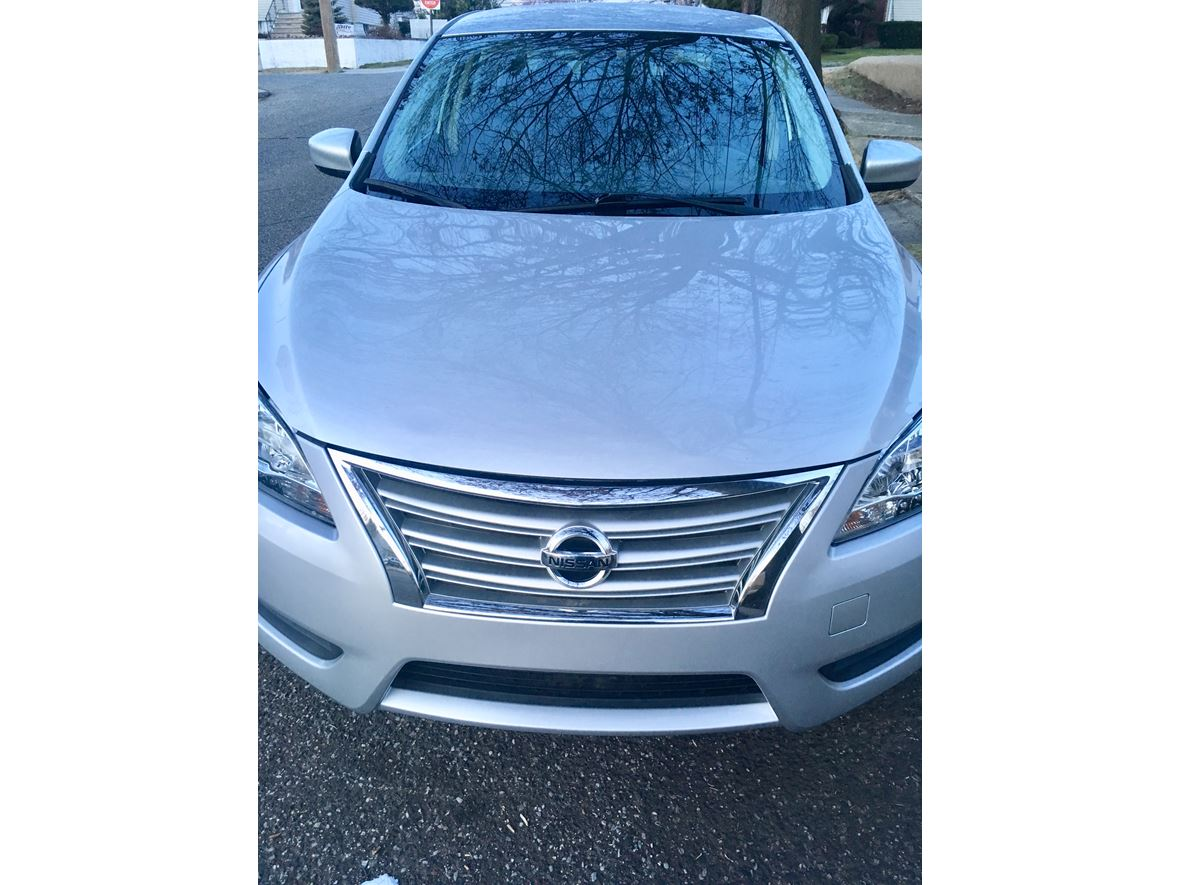 2014 Nissan Sentra for sale by owner in Elmont