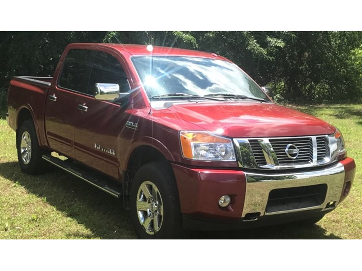 2015 Nissan Titan for sale by owner in Ada