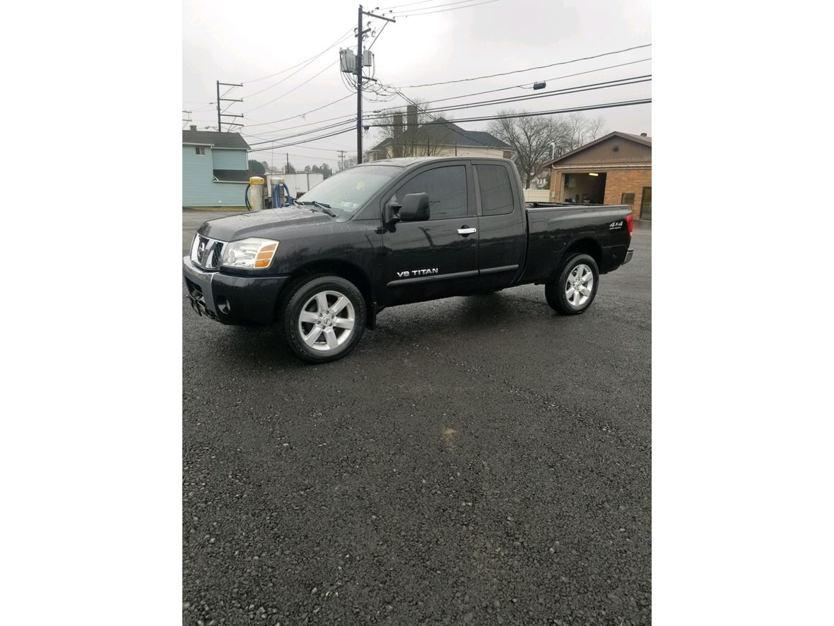 2006 Nissan Titan SE for sale by owner in Williamsport