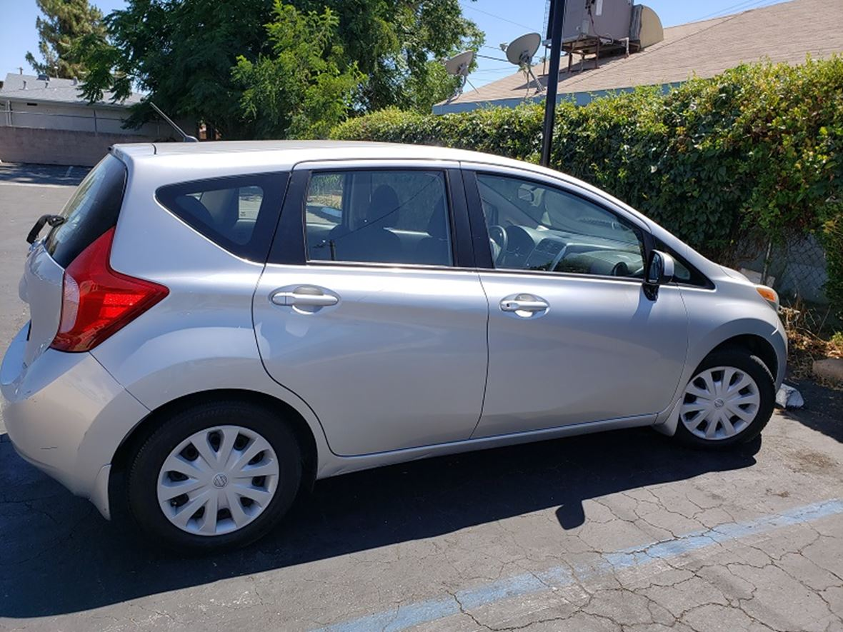 2014 Nissan Versa Note for sale by owner in Hemet