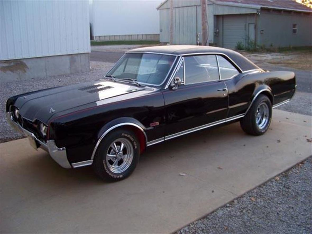 1967 Oldsmobile Cutlass for sale by owner in Louisville
