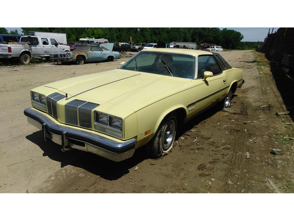 1976 Oldsmobile Cutlass Supreme for sale by owner in Memphis