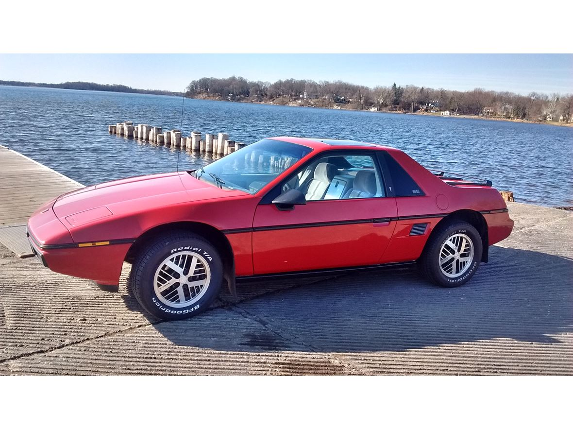 1984 Pontiac Fiero for sale by owner in Maple Plain