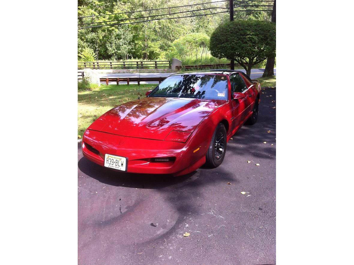 1991 Pontiac Firebird for sale by owner in Narragansett