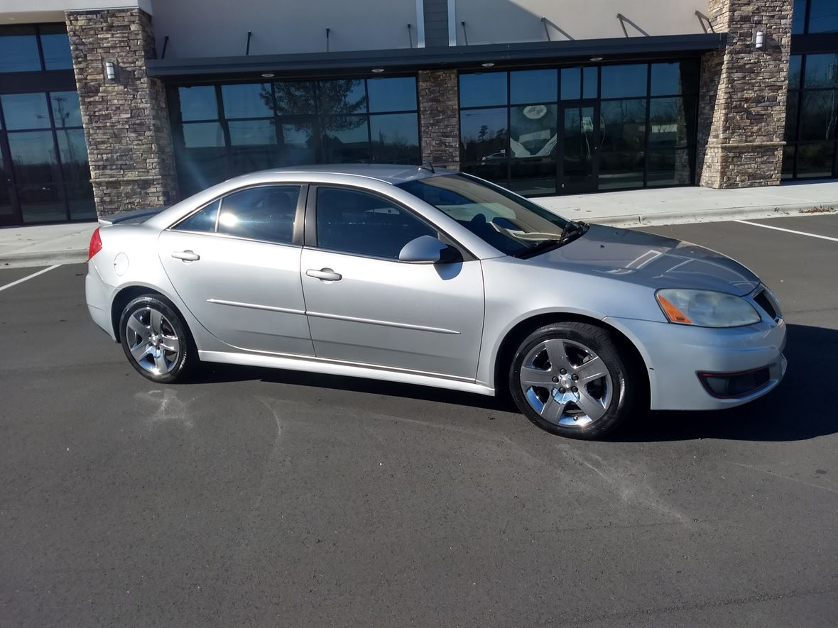 2010 Pontiac G6 for sale by owner in High Point