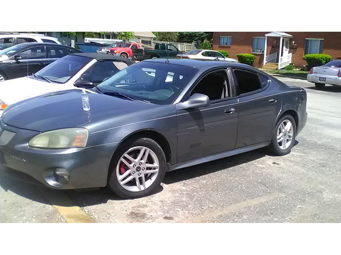 2005 Pontiac Grand Prix for sale by owner in Pekin
