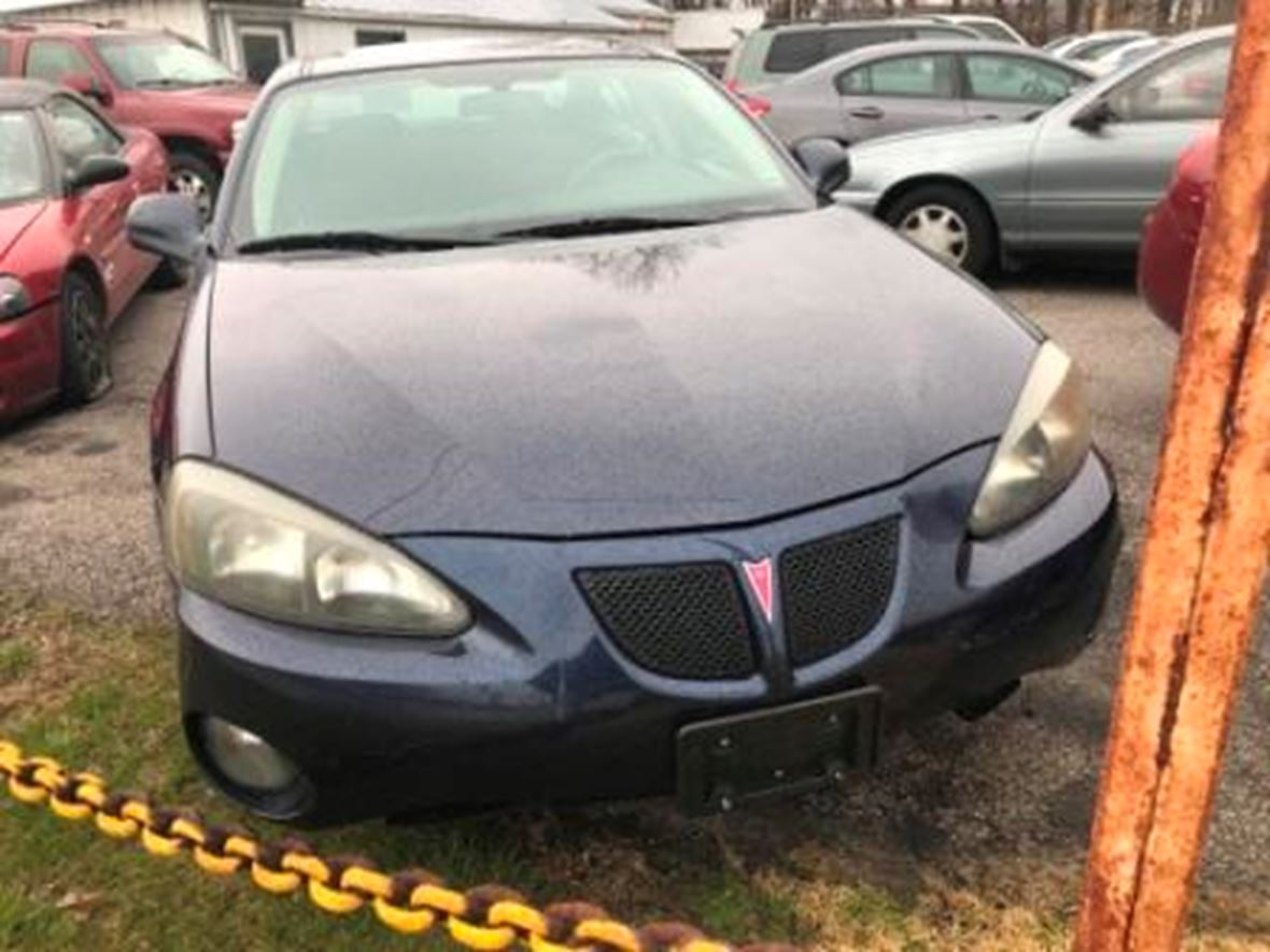 2008 Pontiac Grand Prix for sale by owner in Foristell