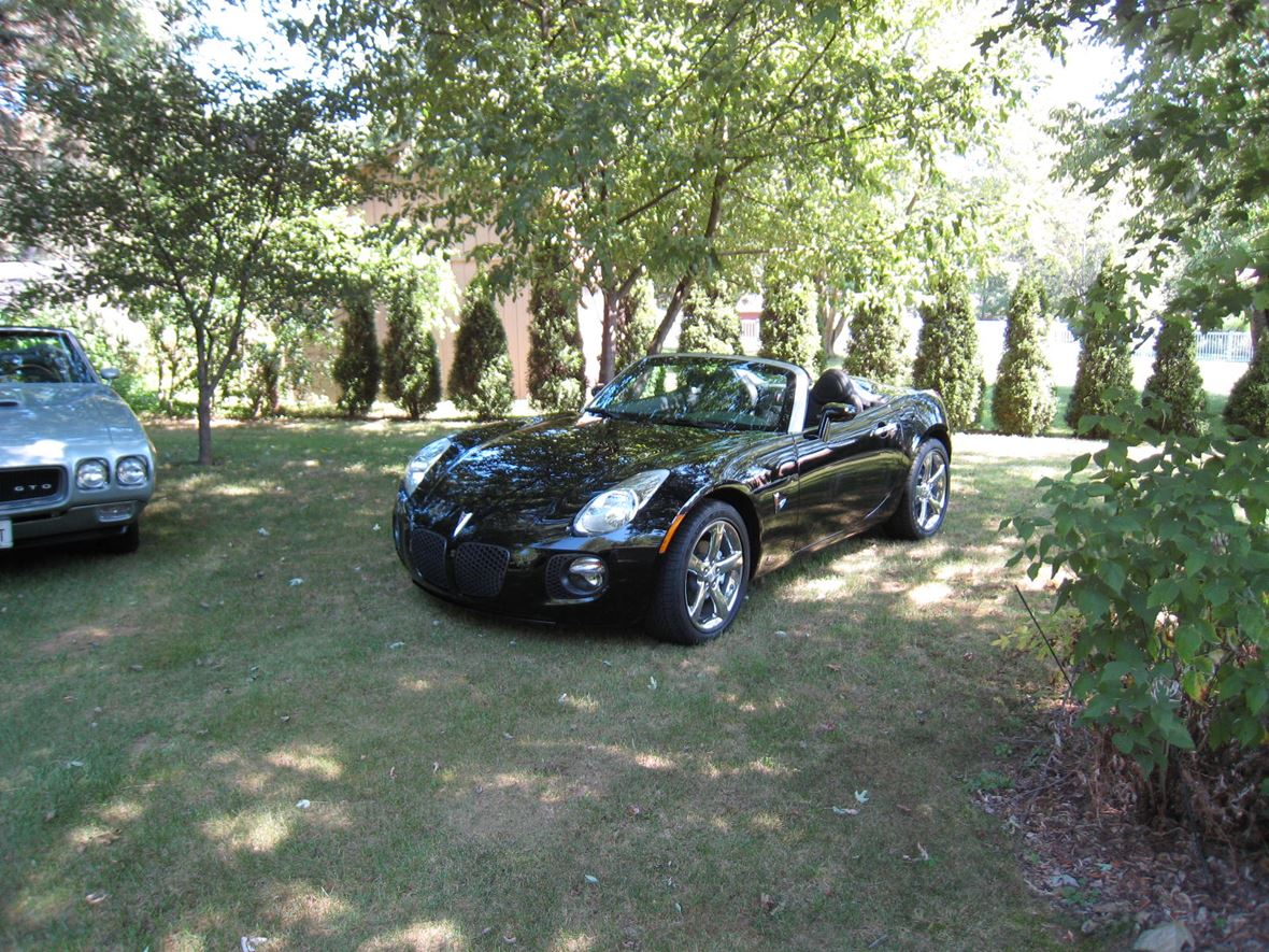 2008 Pontiac Solstice for sale by owner in West Chester