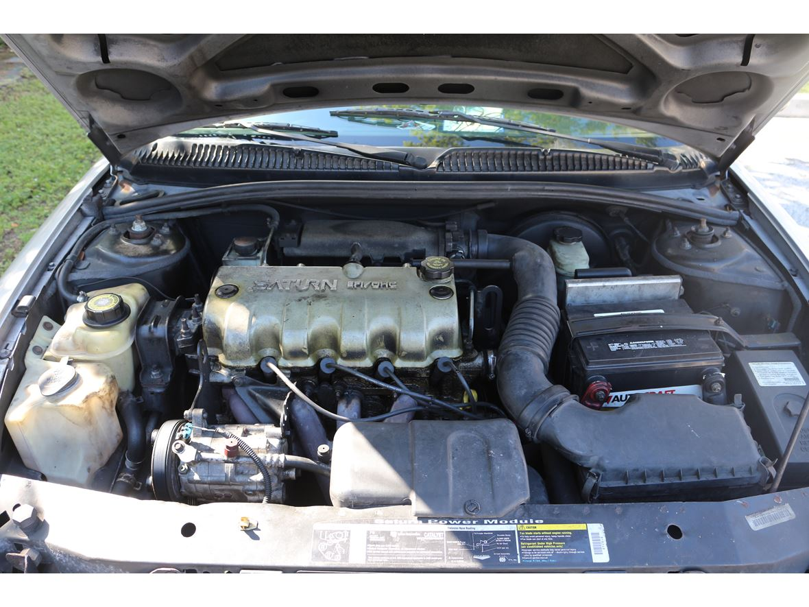 2001 Saturn L-Series for sale by owner in Fort Lauderdale