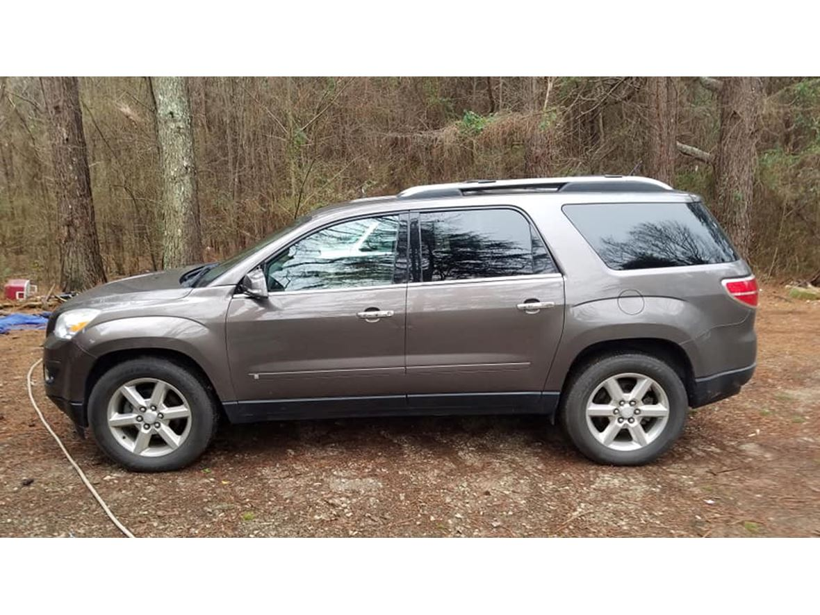 2007 Saturn Outlook for sale by owner in York
