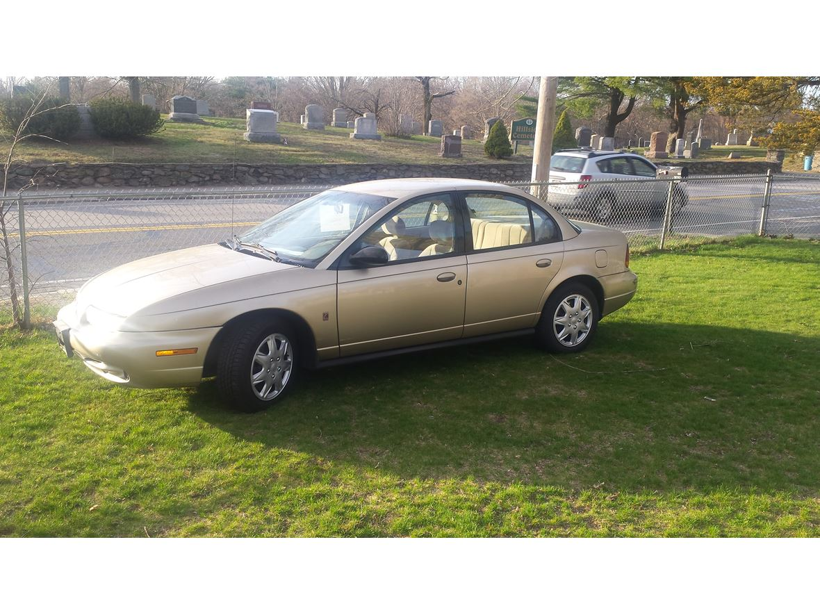 1996 Saturn S-Series for sale by owner in Attleboro