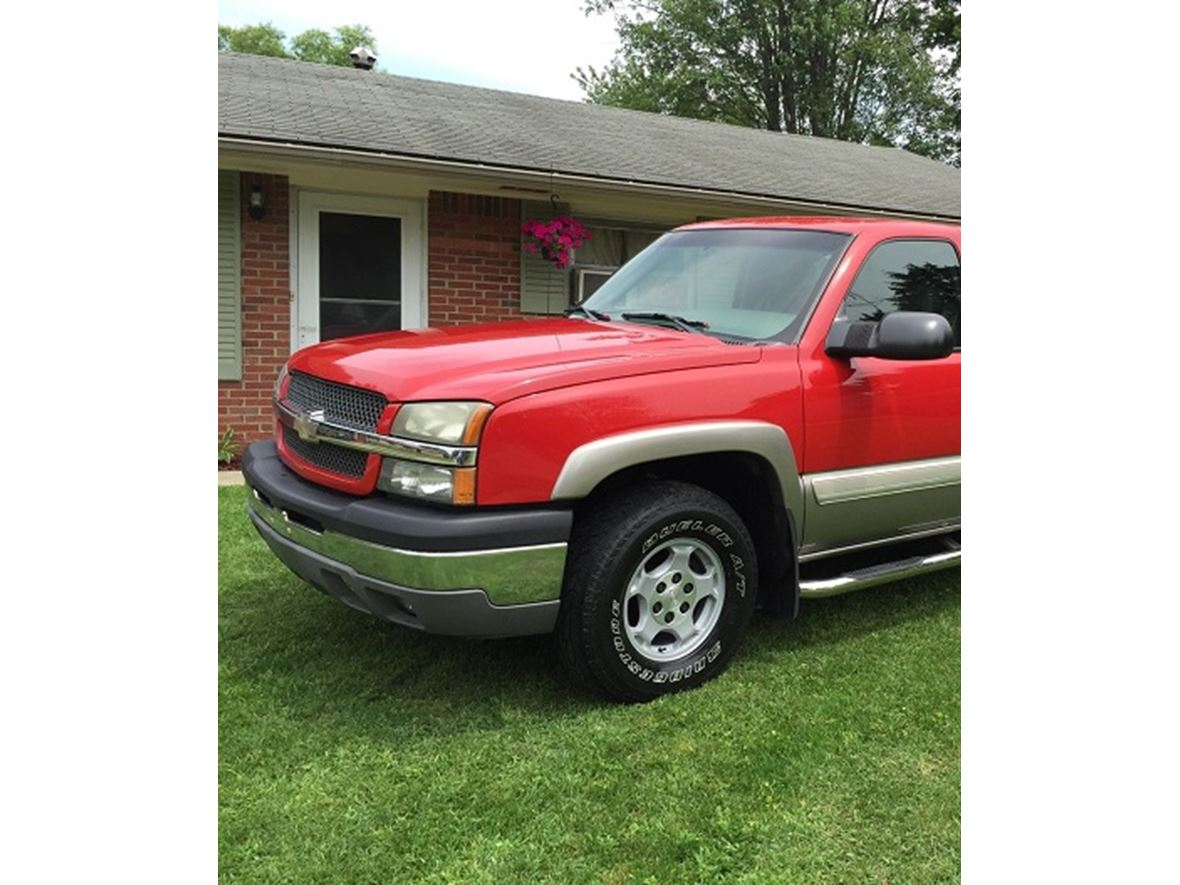 2003 Studebaker Silverado 1500 Z71 Off Road035.3L 1 OwnerZ71 03 for sale by owner in Chicago