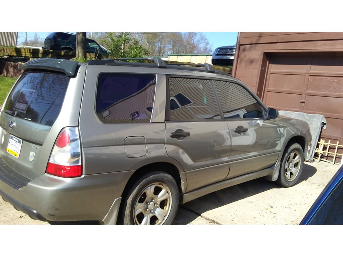 2006 Subaru Forester for sale by owner in Grove City
