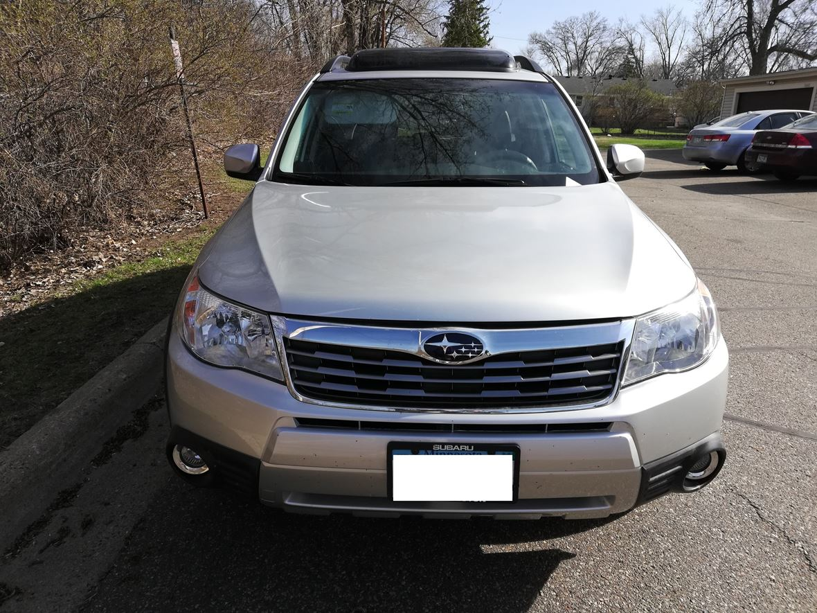 2010 Subaru Forester for sale by owner in Minneapolis