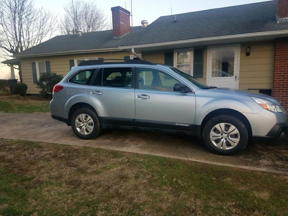 2013 Subaru Outback for sale by owner in Jonesville