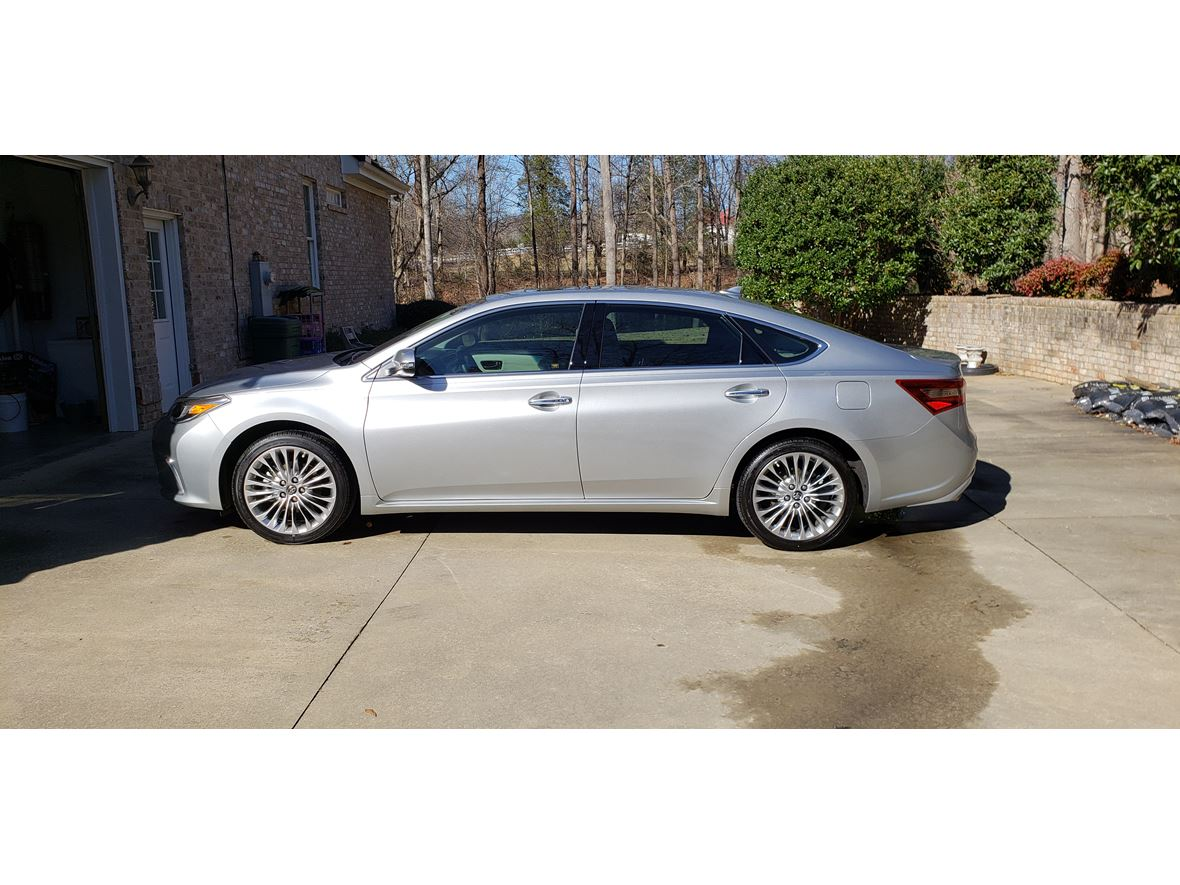 2017 Toyota Avalon for sale by owner in Simpsonville
