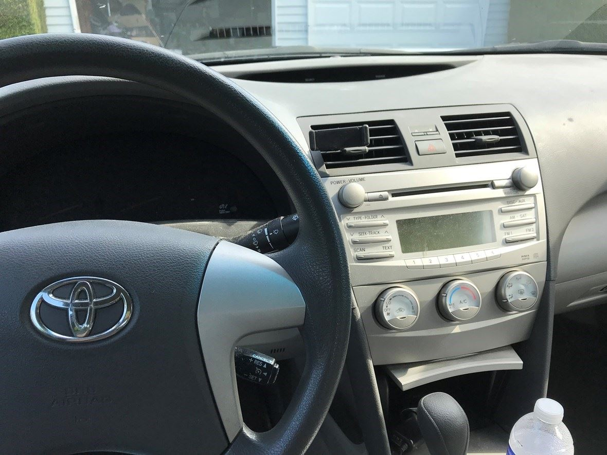 2010 Toyota Camry for sale by owner in Pittsford