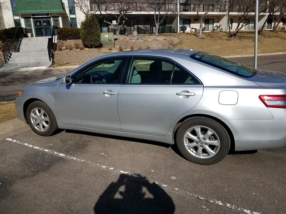2011 Toyota Camry for sale by owner in Minnetonka