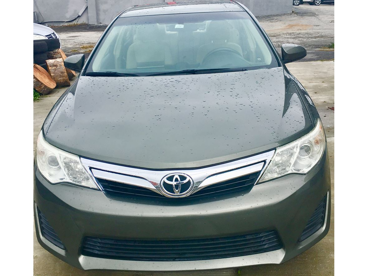 2012 Toyota Camry for sale by owner in Casselberry
