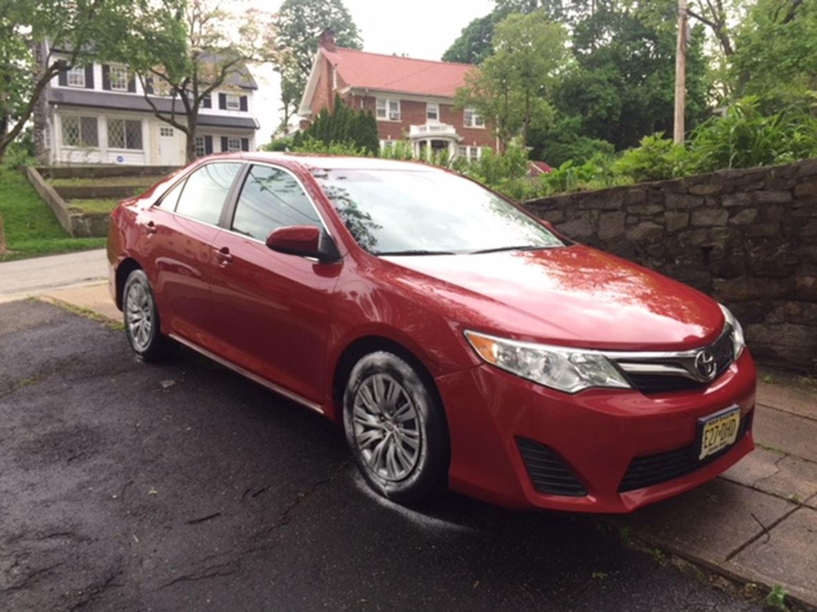 2012 Toyota Camry for sale by owner in Teaneck