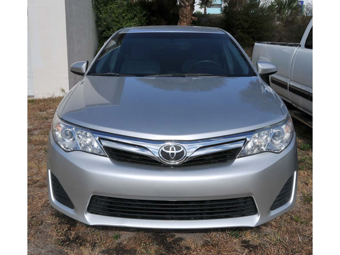 2012 Toyota Camry for sale by owner in Port Orange