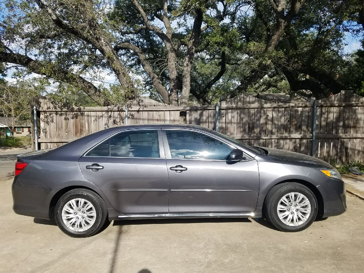 2013 Toyota Camry for sale by owner in Woodway