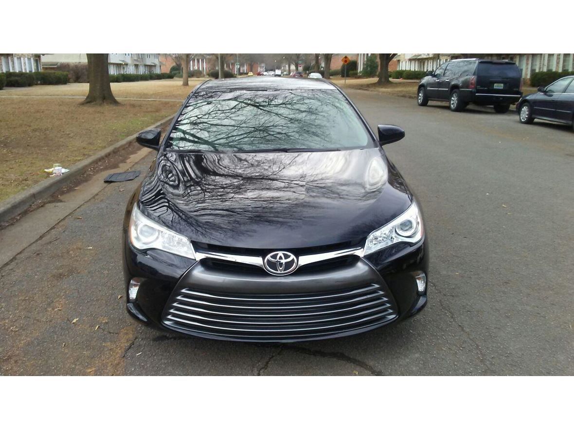 2015 Toyota Camry LE for sale by owner in Huntsville