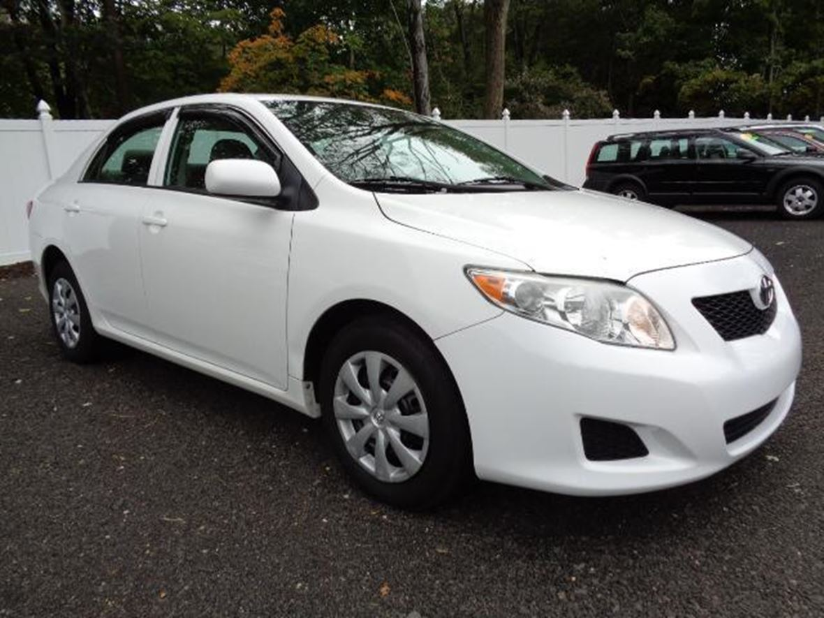 2010 Toyota Corolla for sale by owner in Nashville