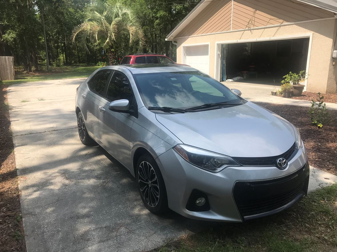 2015 Toyota Corolla for sale by owner in Jacksonville
