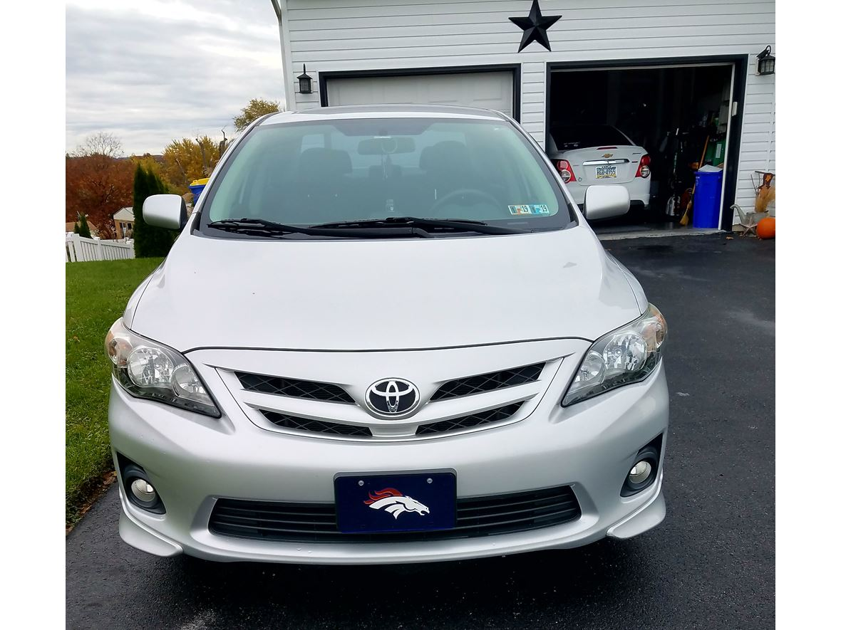 2013 Toyota Corolla S for sale by owner in Mount Wolf