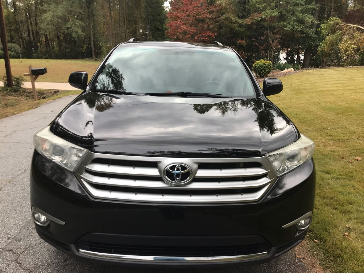 2011 Toyota Highlander for sale by owner in Greenville