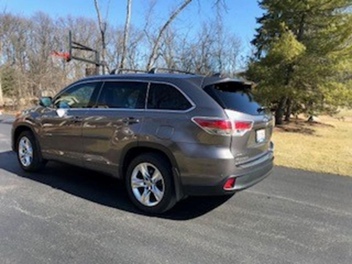 2015 Toyota Highlander For Sale >> 2015 Toyota Highlander For Sale By Owner In Libertyville Il 60048 32 460