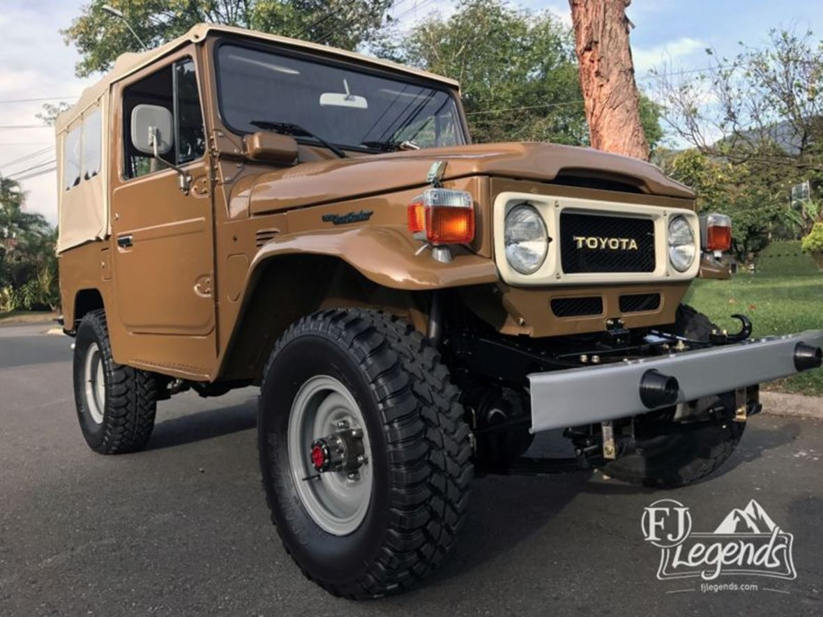 1980 Toyota Land Cruiser for Sale by Owner in Sarasota, FL 34278 - $14,600