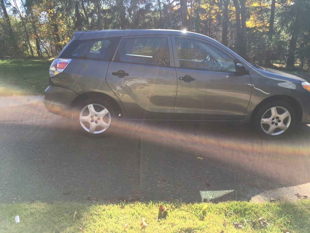 2008 Toyota Matrix for sale by owner in Canonsburg