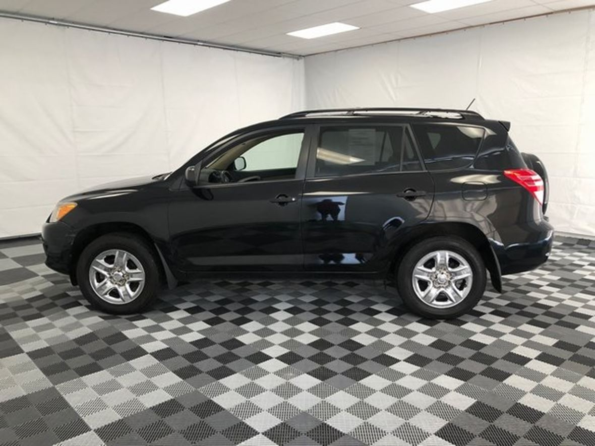 2009 Toyota Rav4 for sale by owner in Vallejo