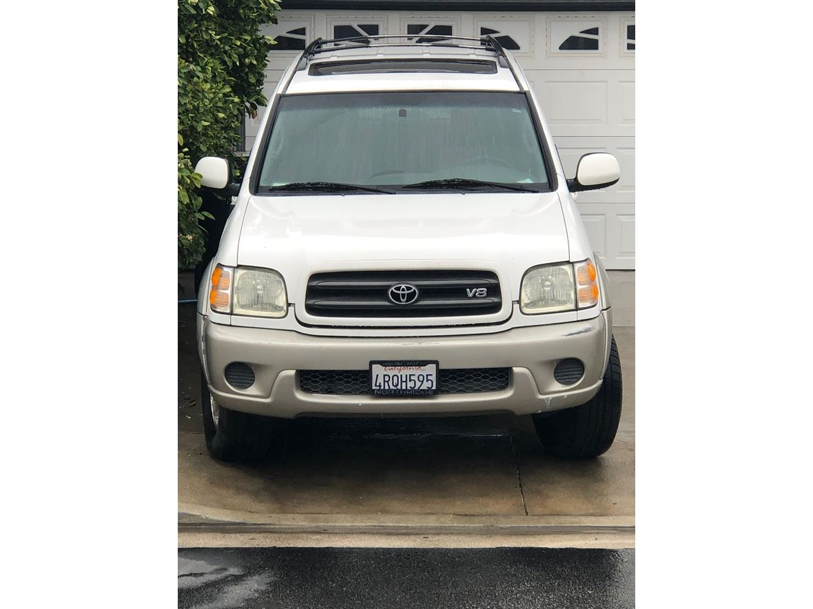 2001 Toyota Sequoia for sale by owner in Canoga Park