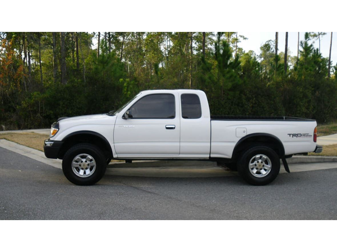 1999 Toyota Tacoma for sale by owner in Los Angeles