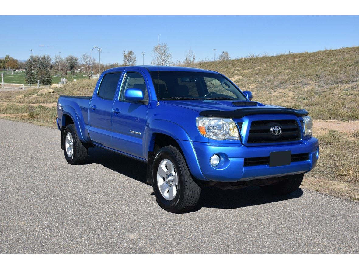 2005 Toyota Tacoma for sale by owner in Charlotte