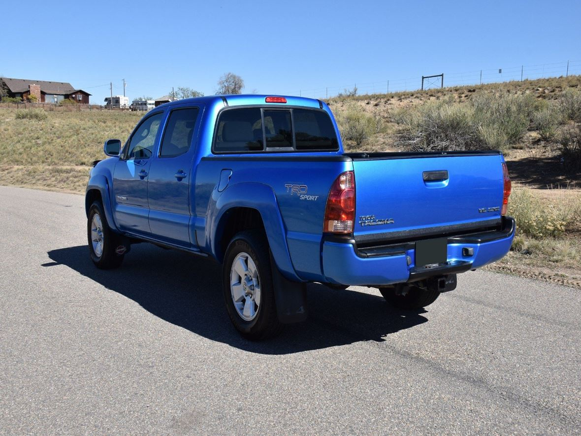 2005 Toyota Tacoma for sale by owner in Lafayette