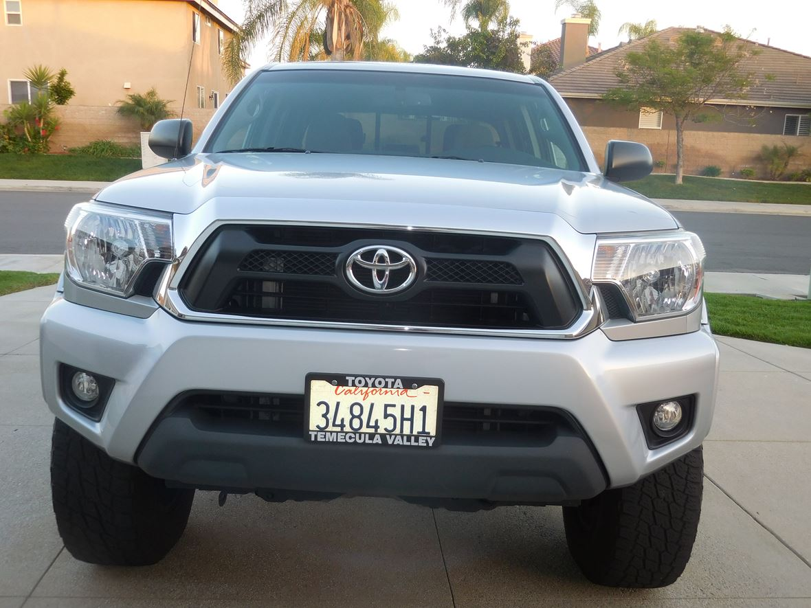 2013 Toyota Tacoma for sale by owner in Murrieta