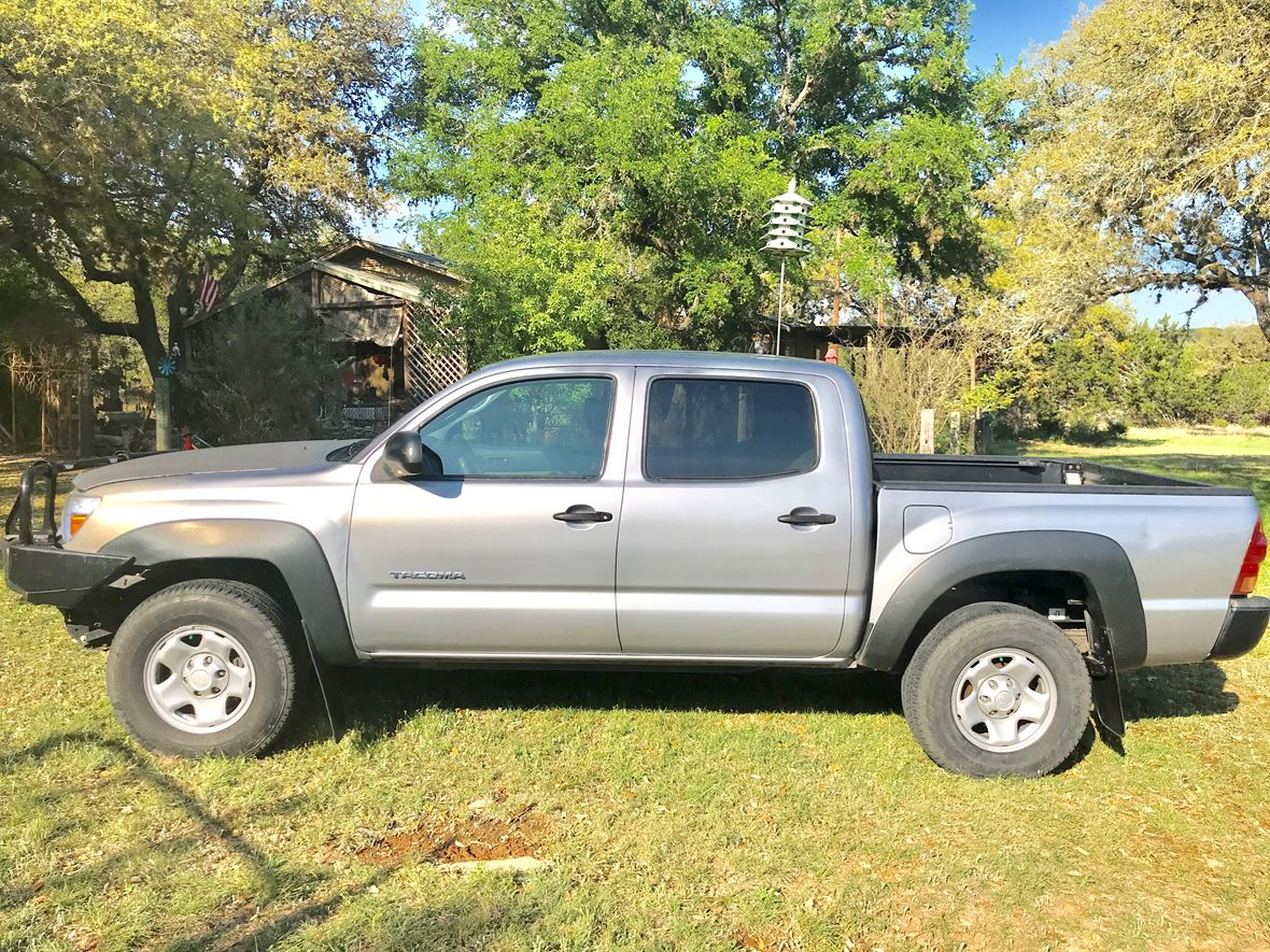2014 Toyota Tacoma for sale by owner in Boerne