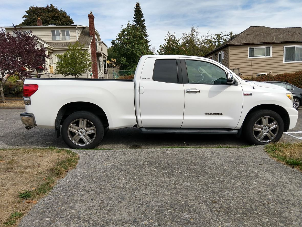 2007 Toyota Tundra for sale by owner in Seattle