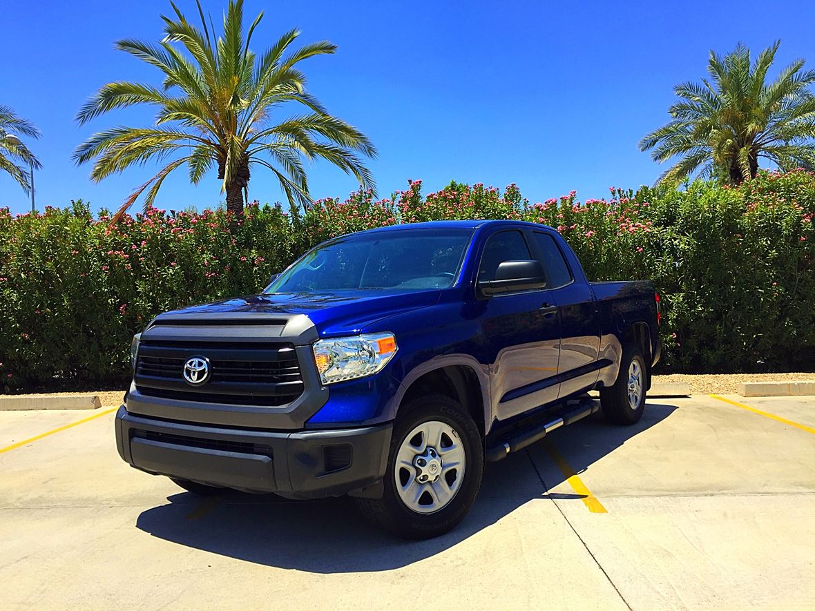 2014 Toyota Tundra for sale by owner in Scottsdale