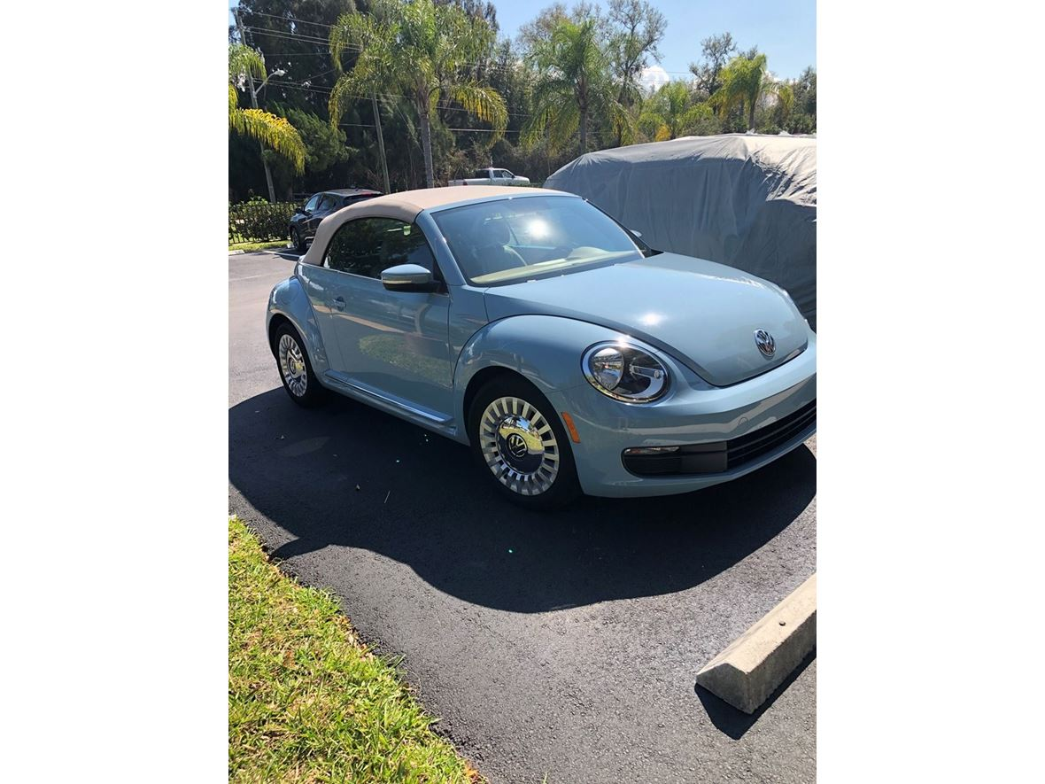 2014 Volkswagen Beetle for sale by owner in Port Charlotte
